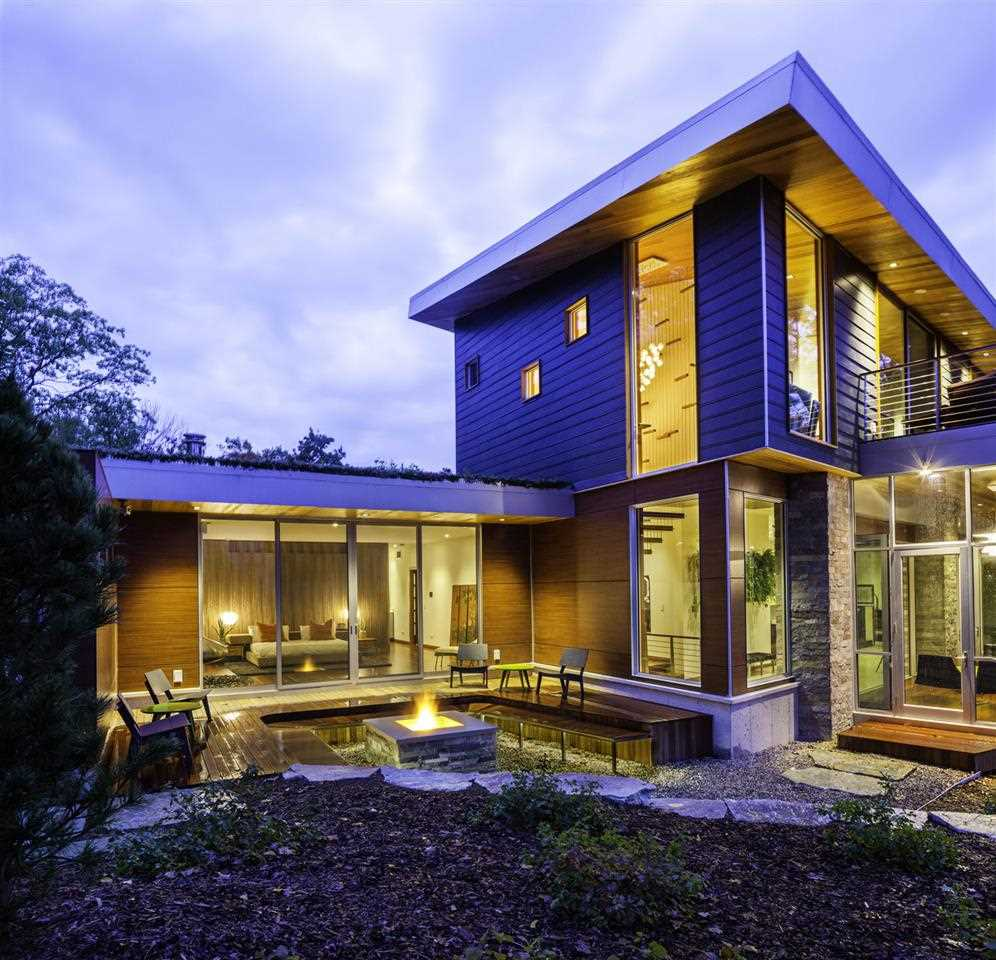 Property for sale at 10008 E Leeward Shores Drive, Traverse City,  MI 49684